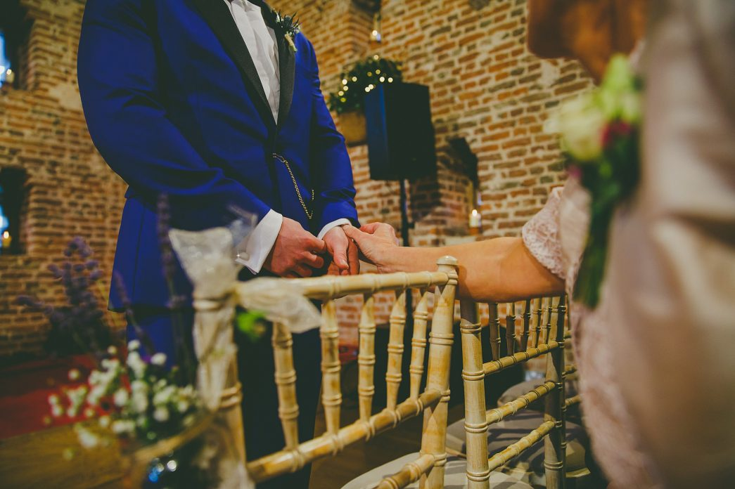 Hales Hall Barn Wedding - Rob Dodsworth Photography-13